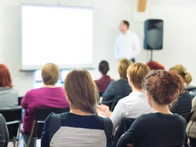 cursos subvencionados para desempleados en Valencia de idiomas